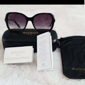 Balmain Accessories - Balmain Female Oversized Sunglasses